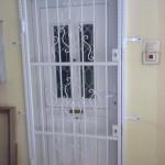 biztonsagi-racs-ajto4